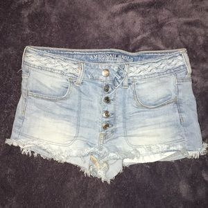 American eagle high rise shortie w/ braided accent